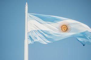 Lanzan proyecto #TejiendoRedesInfancia en Argentina